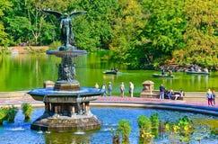 Opinión Bethesda Fountain en el Central Park, New York City Foto de archivo