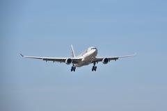 Opinión de Airbus A330-200 Foto de archivo