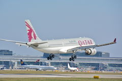 Opinión de Airbus A330-200 Fotografía de archivo libre de regalías