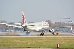 Opinión de Airbus A330-200 Imagen de archivo