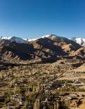 Opinión de alto ángulo de la ciudad de Leh Imágenes de archivo libres de regalías