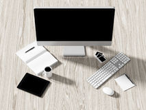 Opinión de alto ángulo de una tabla del ajuste de lugar de trabajo del negocio Imagen de archivo libre de regalías