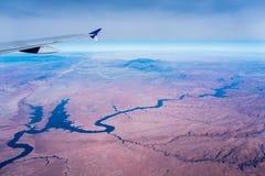 Opinión de Arizona del Gran Cañón de un aeroplano imagen de archivo
