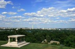Opinión de Arlington de la C.C. Imagenes de archivo