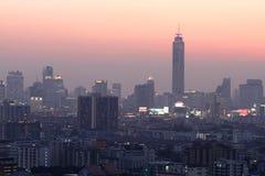 Opinión de Bangkok en crepúsculo Foto de archivo libre de regalías