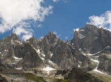 Opinión de Beautifull en el Alpes Imagenes de archivo