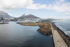 Opinión de Cape Town del helicóptero Suráfrica imagen de archivo