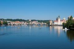 Opinión de Charles Bridge, Praga Fotografía de archivo libre de regalías