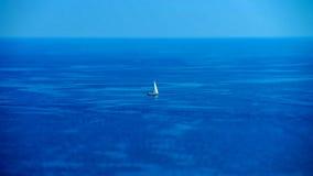 Opinión de día de verano del mar Mediterráneo Cote d'Azur, Francia fotografía de archivo libre de regalías