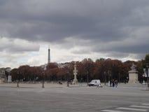Opinión de Eiffel de la torre de Concorde Square, París, Francia Fotos de archivo libres de regalías