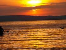 Opinión de Evining del cielo del lago Victoria Imagen de archivo libre de regalías