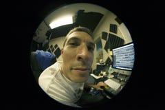 Opinión de Fisheye del funcionamiento del hombre Imágenes de archivo libres de regalías