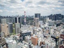 Opinión de Ginza del centro de ciudad de Shiodome, Tokio, Japón imagenes de archivo