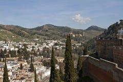 Opinión de Granada de Alhambra a la abadía de Sacromonte Foto de archivo