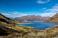 Opinión de Hawea del lago del camino foto de archivo