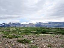 Opinión de Islandia de las montañas 2017 de Hvannadalshnukur Foto de archivo libre de regalías