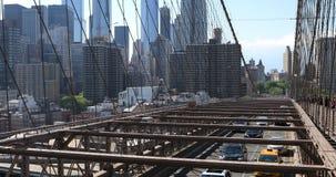 opinión de 4K UltraHD del tráfico en el puente de Brooklyn