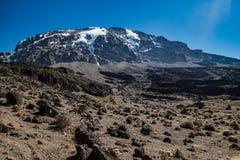 Opinión de Kilimanjaro de la ruta de Machame Fotos de archivo
