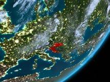 Opinión de la órbita de Croacia en la noche libre illustration