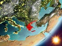Opinión de la órbita de Grecia durante salida del sol ilustración del vector