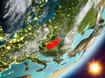 Opinión de la órbita de Hungría durante salida del sol libre illustration