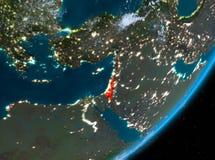 Opinión de la órbita de Israel en la noche stock de ilustración