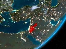Opinión de la órbita de Jordania en la noche stock de ilustración