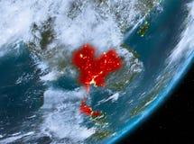 Opinión de la órbita de Tailandia en la noche libre illustration
