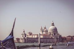 Opinión de la basílica de la góndola, Venecia Fotografía de archivo