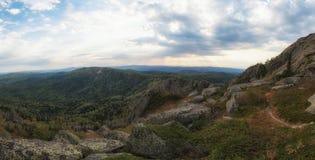 Opinión de la belleza en montañas de Altai Foto de archivo libre de regalías