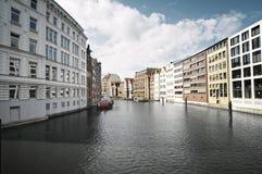 Opinión de la calle de Hamburgo, Alemania foto de archivo