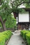 Opinión de la calle de la arquitectura búlgara típica, Bulgaria Foto de archivo libre de regalías