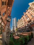 Opinión de la calle de la ciudad de Francfort Fotos de archivo
