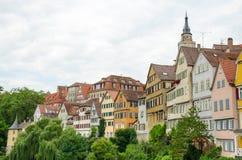 Opinión de la calle de la ciudad vieja de Tubinga, Alemania Imagen de archivo libre de regalías