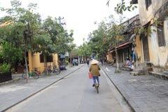 Opinión de la calle de Vietname Hoi An Imagen de archivo libre de regalías