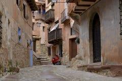 Opinión de la calle del albarracin, España Imagen de archivo libre de regalías