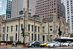 Opinión de la calle del centro de la ciudad del norte de Chicago Foto de archivo libre de regalías