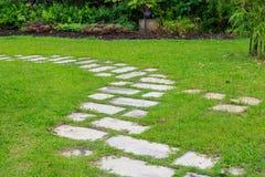 Opinión de la calzada, jardín botánico Foto de archivo libre de regalías