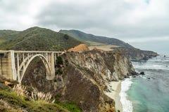 Opinión de la carretera de la Costa del Pacífico Imagen de archivo libre de regalías
