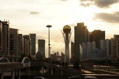 Opinión de la ciudad de Astaná en verano fotos de archivo libres de regalías
