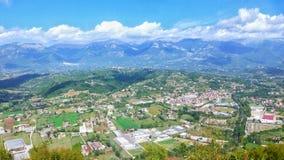 Opinión de la ciudad de Atina del top Fotografía de archivo