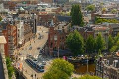Opinión de la ciudad de Amsterdam de Westerkerk, Holanda, Países Bajos fotos de archivo libres de regalías