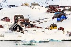 Opinión de la ciudad de Ilulissat Foto de archivo libre de regalías