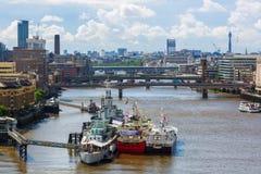 Opinión de la ciudad de Londres sobre el río Támesis en Londres, Reino Unido Foto de archivo libre de regalías