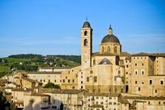 Opinión de la ciudad de Urbino, Italia Imágenes de archivo libres de regalías