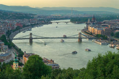 Opinión de la colina de Gelert del puente de Szechenyi Fotos de archivo libres de regalías