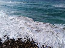 Opinión de la costa con el cielo en Alexandría imagen de archivo