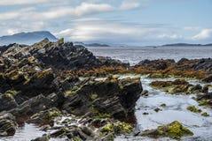 Opinión de la costa de Easdale en Escocia Fotos de archivo libres de regalías