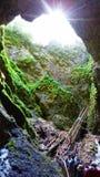 Opinión de la cueva con un flash de la luz foto de archivo libre de regalías