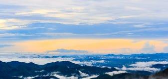 Opinión de la cumbre de la montaña de Krajom. Fotografía de archivo libre de regalías